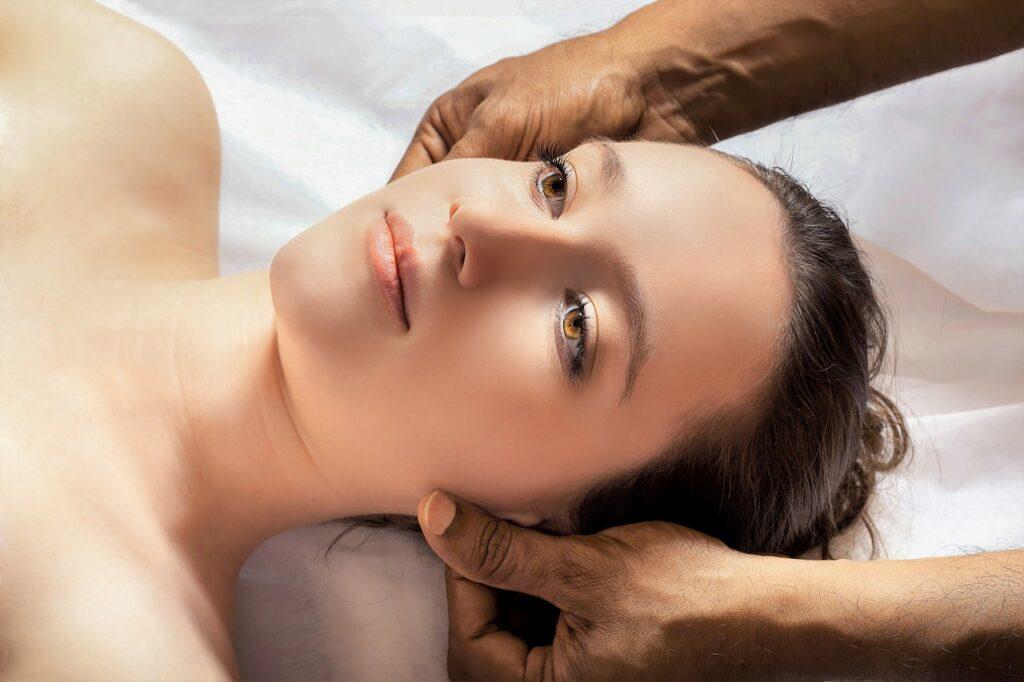 head-massage-scalp-tampa-1024x682 Head | Scalp Massage Benefits Tampa
